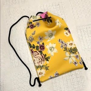 TRIANGL floral neoprene drawstring Backpac…